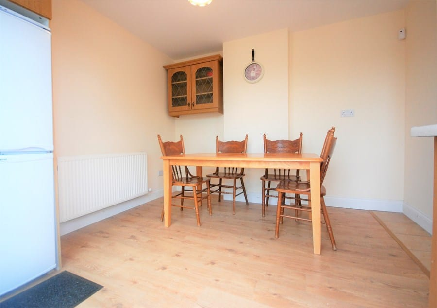 1410-S-dining-area-re