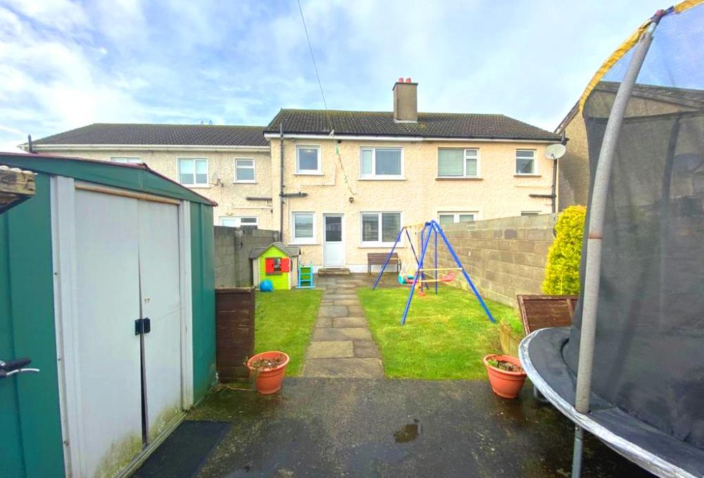 2 Glenfield Avenue - garden 2
